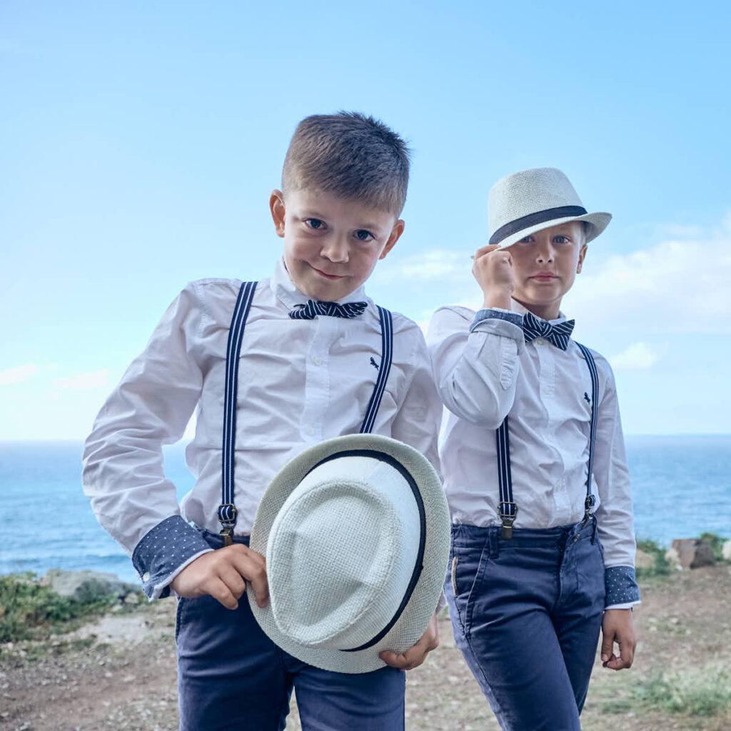 Ela und Chris Deutscher Fotograf Teneriffa fotografieren die Familie beim Afterwedding Shooting am Strand